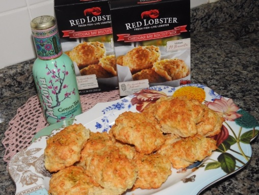 red-lobster biscuit