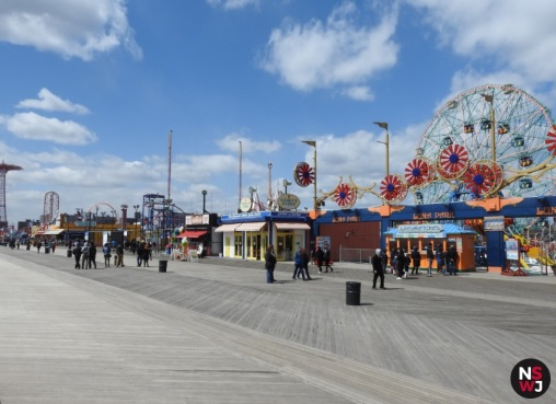 luna_park_coney_island_view